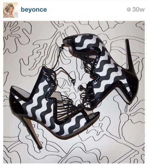 10 Foto Sepatu Selebriti Terbaik di Instagram: Beyonce