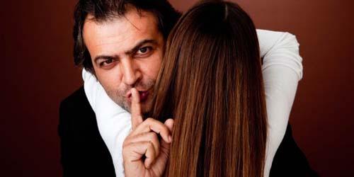 Pria Lebih Punya Kecenderungan untuk Berselingkuh