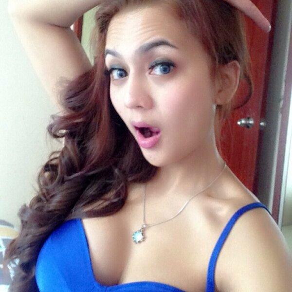 Anggita Sari Hot Model Panas Indonesia