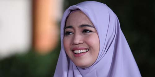 Ibunda Matre Alasan Pernikahan Nuri Maulida Batal
