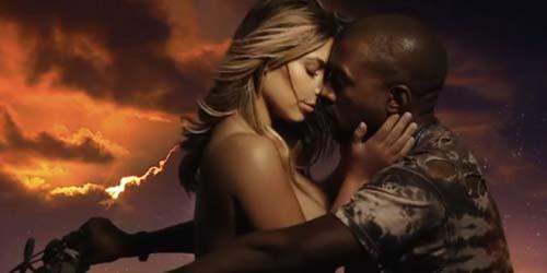 Kim Kardashian Tampil Topless dan Cium Mesra Kanye West di Video Bound 2