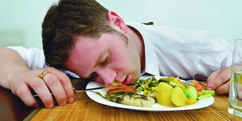 Peyebab Kantuk Setelah Makan