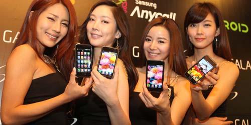 Tidak Punya Uang Beli Galaxy S4 dan iPhone 5S? Sewa Saja!