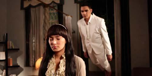 Trailer Isyarat, Film Terbaru Asmirandah - Jonas Rivanno