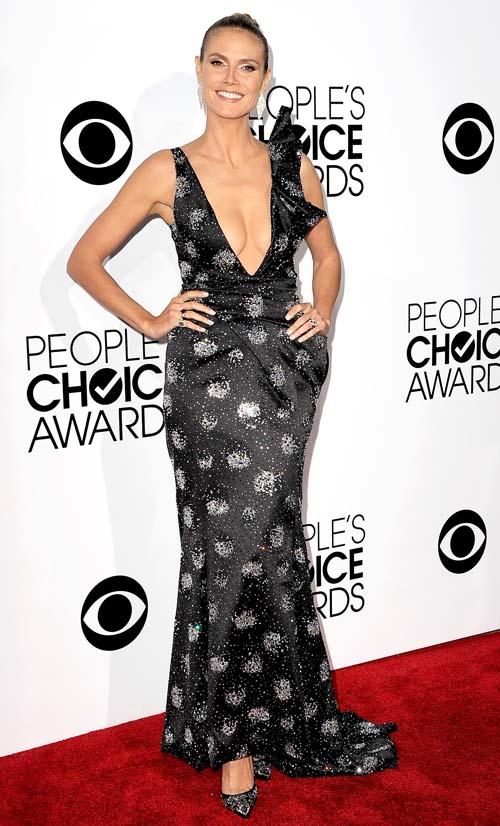 Heidi Klum seksi red carpet People's Choice Awards 2014