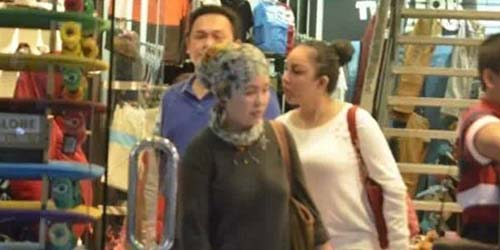Foto Farhat Abbas dan Regina Liburan Berduaan di Bali