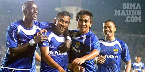 15 Sriwijaya FC Menjadi Lawan Pertama Persing Bandung Di ISL 2014