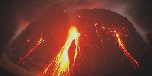 Foto Gunung Kelud Meletus 13 Februari 2014
