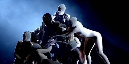 Trailer Film Dokumenter Konser Kanye West Yeezus