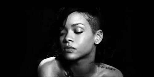 Video Lucu Rihanna Nyinden Lagu Diamond