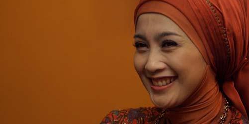 5 Wanita Cantik yang Akan Jadi Anggota DPR: Desy Ratnasari
