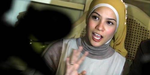 5 Wanita Cantik yang Akan Jadi Anggota DPR: Rachel Maryam