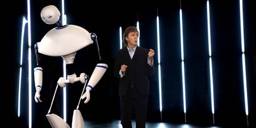 Aksi Paul McCartney Duet dengan Robot di Video Appreciate