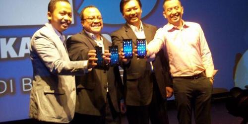 Blackberry Z3 dengan Bahasa Jawa Hadir di Surabaya