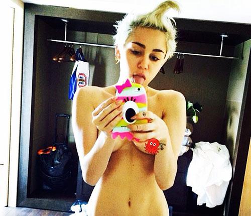 Miley Cyrus bugil di Instagram