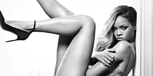 Rihanna Topless di Iklan Parfum Terbarunya