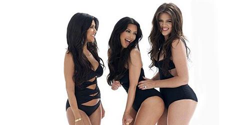 Khloe, Kourtney dan Kim Kardashian Berbikini Seksi di Majalah Las Vegas