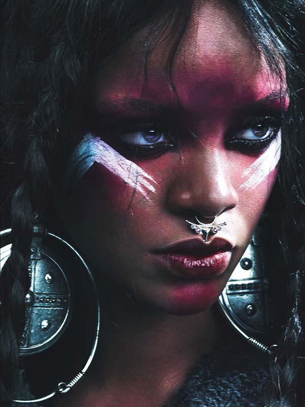 Sisi Liar Rihanna di W Magazine