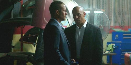 Foto Adegan Terbaru Vin Diesel-Paul Walker di Fast and Furious 7