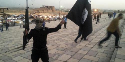 ISIS Salib Pemuda Suriah karena Gelar Demo Anti-Jihad