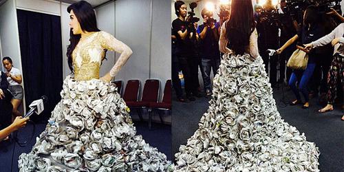 Foto Cantik Syahrini Pakai Gaun dari Kertas Bekas