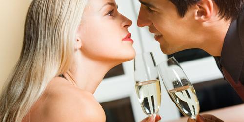 4 Tips Jitu Bikin Si Dia Jatuh Cinta