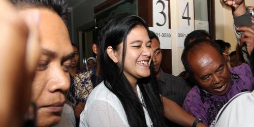 Anak Pejabat Belajarlah dari Putri Jokowi Kahiyang Ayu