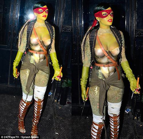 Rihanna berkostum Kura Kura Ninja