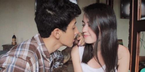 video ciuman bibir mesra aaron ashab kimberly ryder