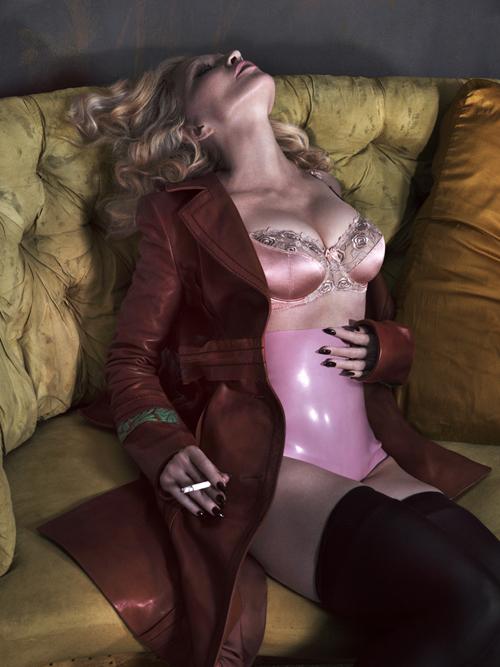 Foto Madonna Topless di Majalah Interview