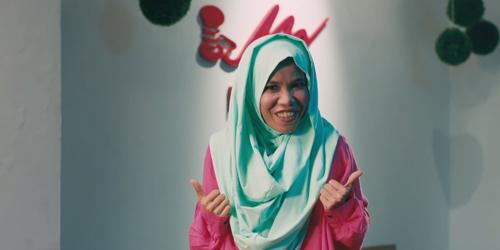 Heboh Hodijah Tampil Berhijab di Trailer Hijab