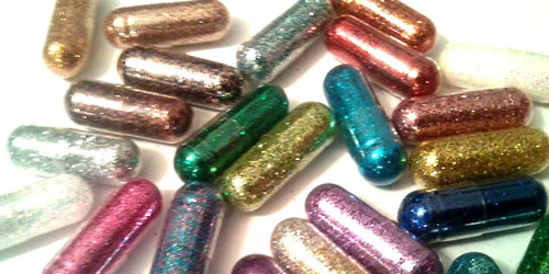 Pil Ajaib Pembuat Berak Berwarna Pelangi dan Emas Gliter