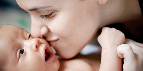 Ciuman Baik untuk Kesehatan Bayi