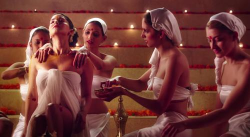 Sunny Leone di film Ek Paheeli Leela