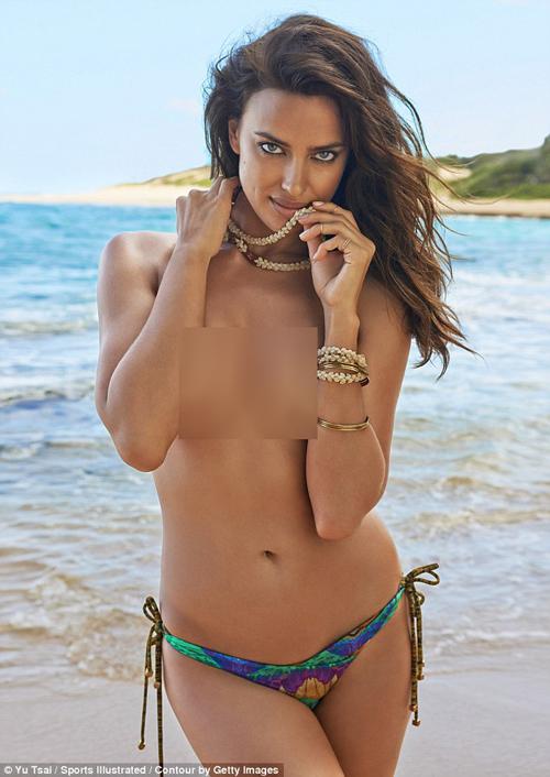 Irina Shayk telanjang bugil topless seksi hot