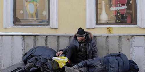 Dua Sejoli Hobi Bantai Gelandangan Gegerkan Rusia