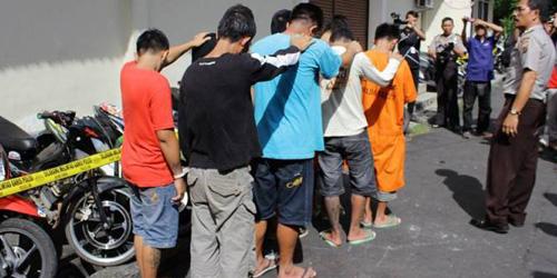 Iklankan Motor Curian di FB, 5 Pelajar Curanmor Ditangkap