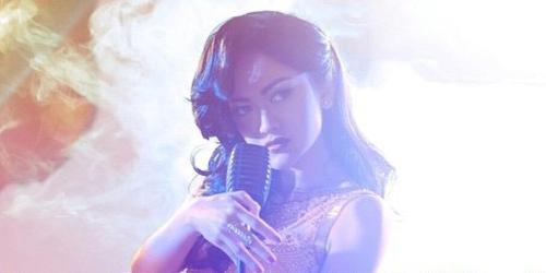Julia Perez Goyang Cebok di Lagu Terbaru 'Lonely'