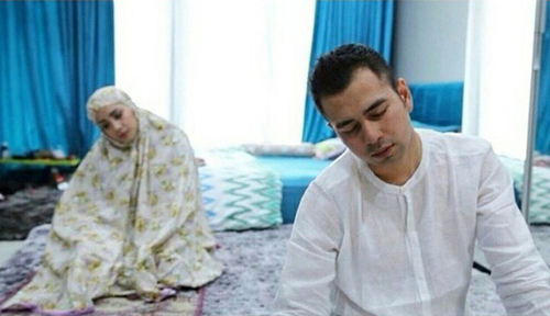 Raffi Ahmad jadi imam shalat Nagita Slavina