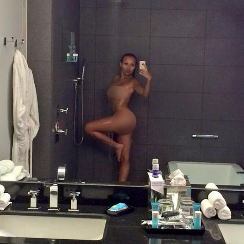 Daniella Chavez model playboy hot seksi bugil