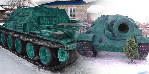 Remaja Rusia Bikin Replika Tank Dari Salju 20 Ton