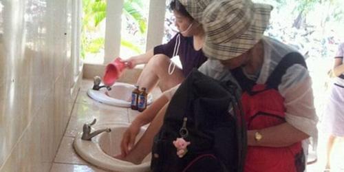 Turis Tiongkok Cuci Kaki di Wastafel Dikecam Warga Thailand