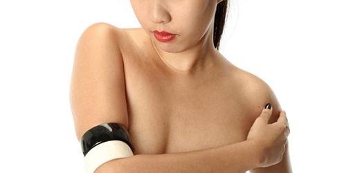 Warga Thailand Dilarang Foto Underboob Selfie