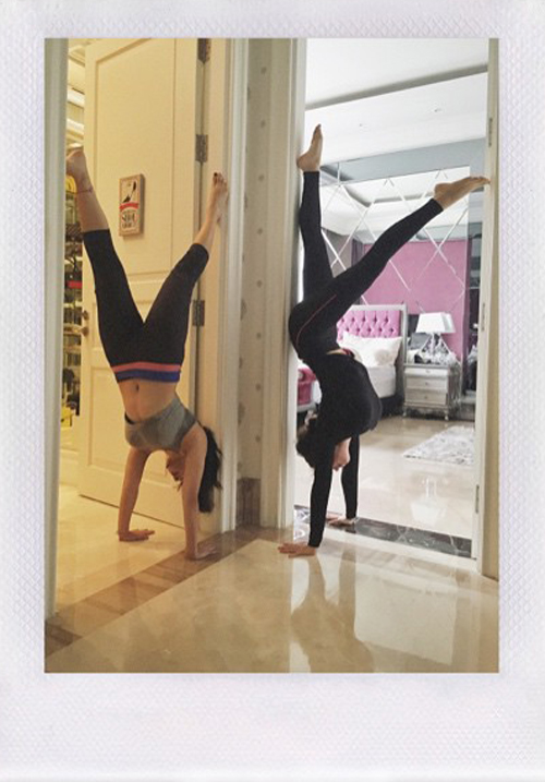 nikita willy yoga