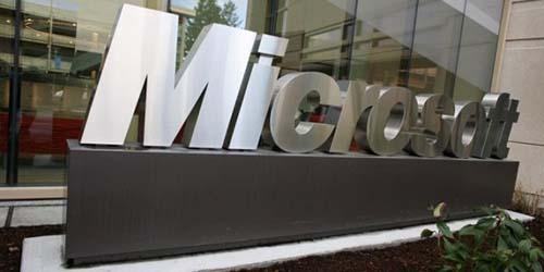Microsoft Juga Ingin Akuisisi BlackBerry?