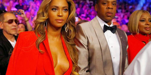 Nonton Pacquiao VS Mayweather, Beyonce Pamer Payudara Seksi