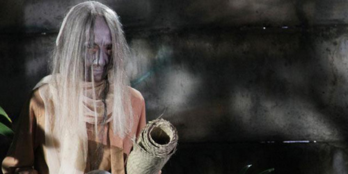 Cewek ABG Melihat Hantu Nenek Melotot di Warung Bakso Solo