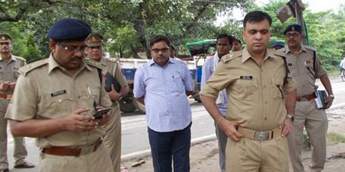 wanita india dibakar polisi sebab tolak bayar suap