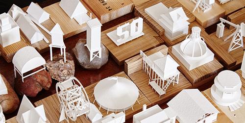 Arsitek Ini Bangun 'Kota' PaperHolm dari Kertas