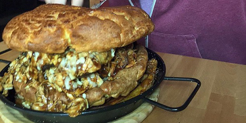 Burger Raksasa dengan 5.000 Kalori, The Colossal Roast in a Burger